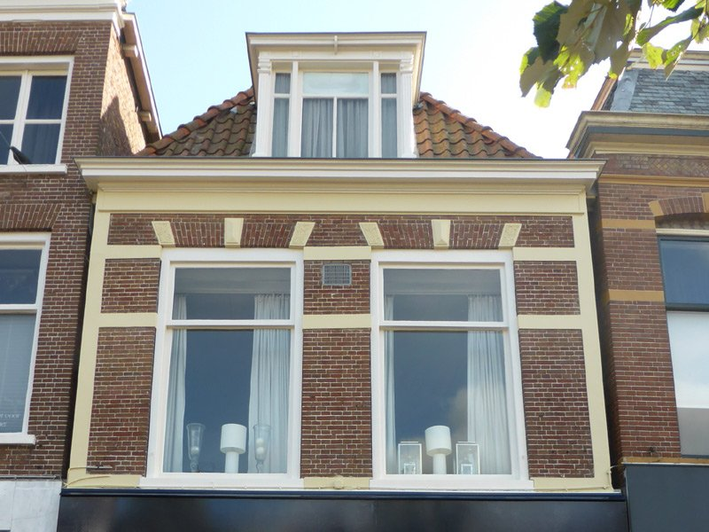 Schildwerk bovenwoning Nieuwestad Leeuwarden 2